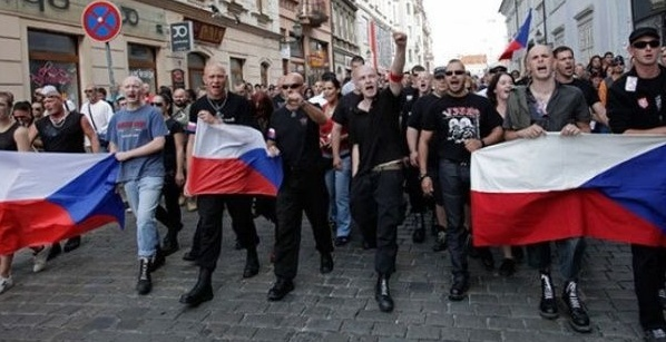 As Populism Rises in East -  Future of European Union Darkens - Czech Points