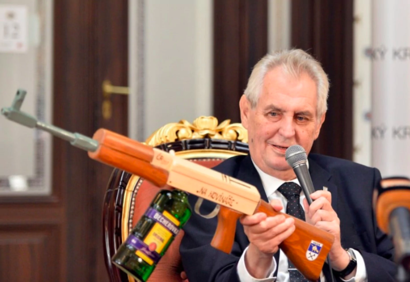 Zeman Silences Critics - Blocks Milan Stech (CSSD) From Attending Castle Ceremony - Czech Points