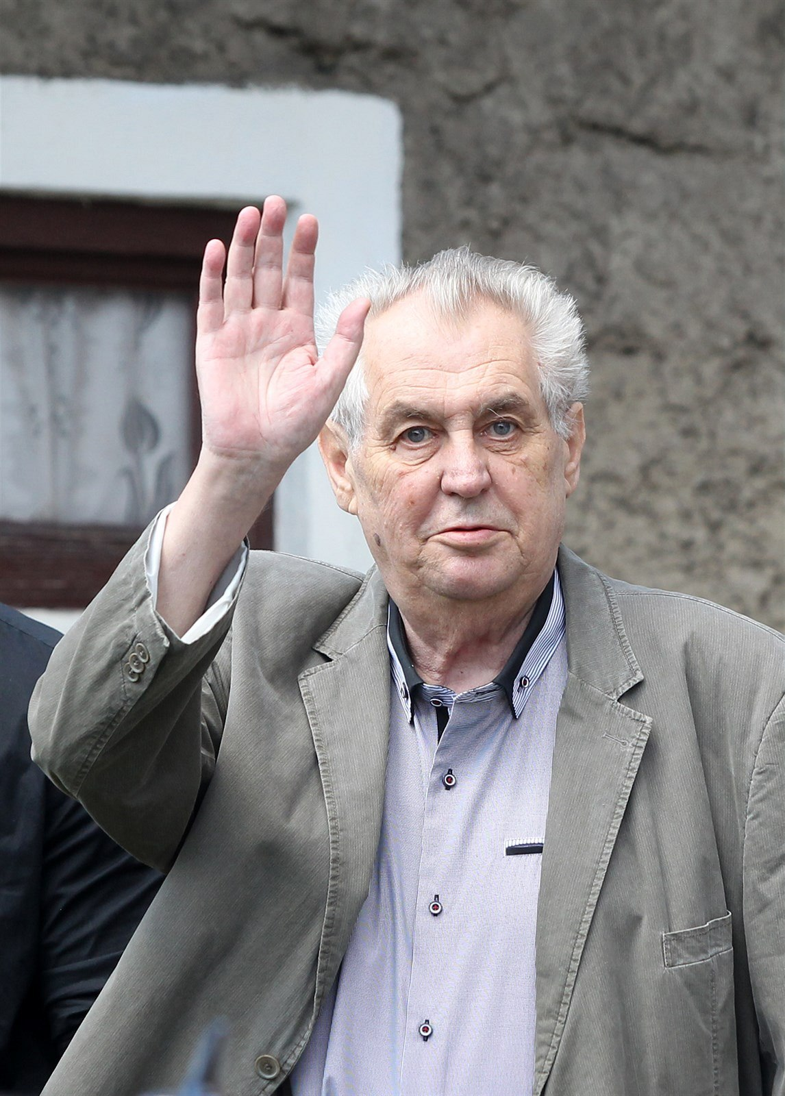 Zeman - Weary from Hiding from Debates, Steps Out to Deliver Scandalous Speech - Czech Points