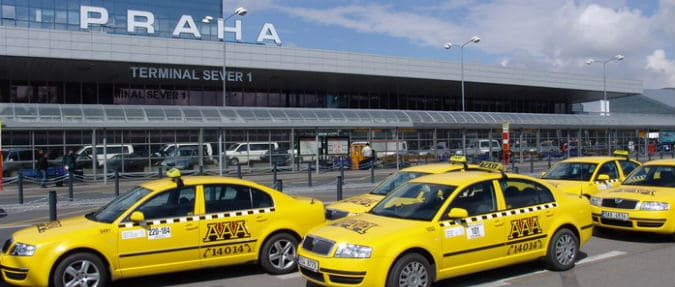 Transport Minister Wants To Regulate Uber - Czech Points