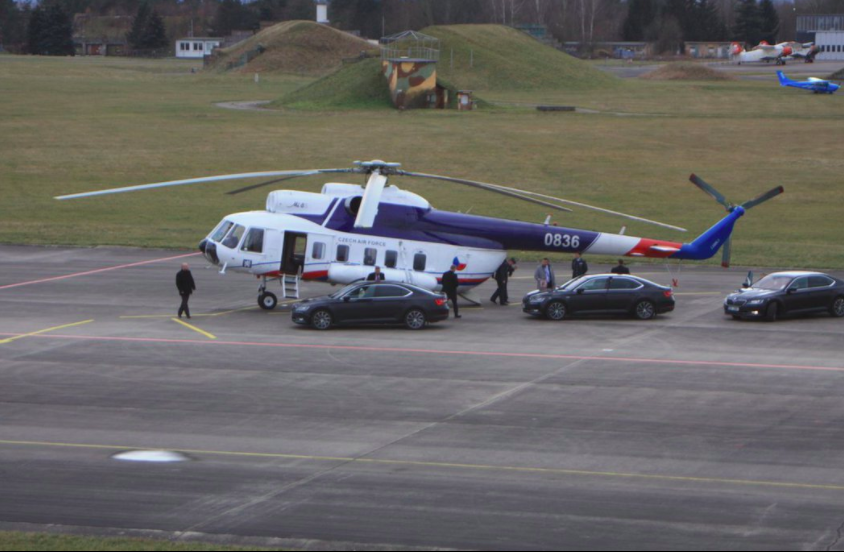 Zeman Blows CZK 40,000 On Helicopter Trip To Meet Babis For Dinner! - Czech Points