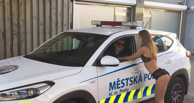 Prague police in hot water after posting scandalous photo on Facebook! - Czech Points