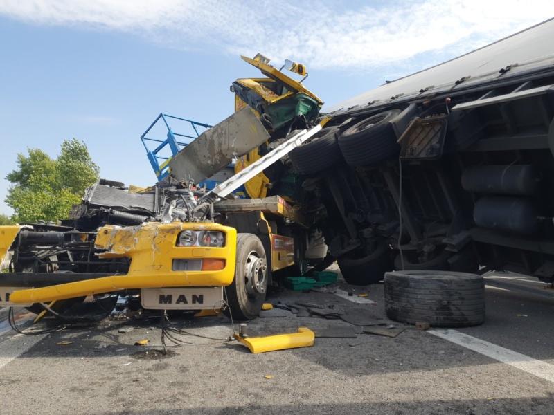 Major pileup closes D1 motorway - Czech Points