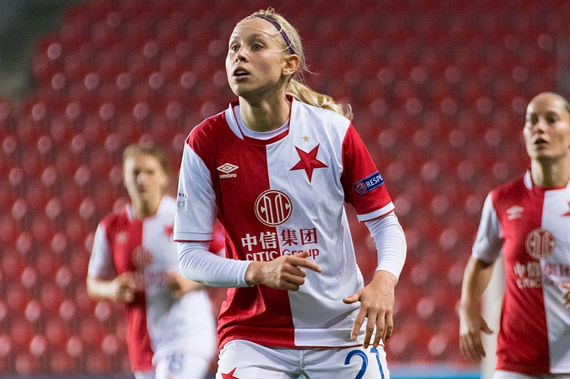 Katerina Svitkova signs with West Ham United Women - Czech Points