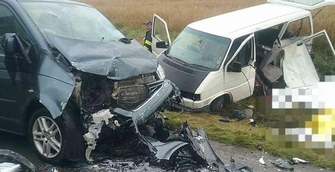 Five dead in minibus collision in Slovakia - Czech Points