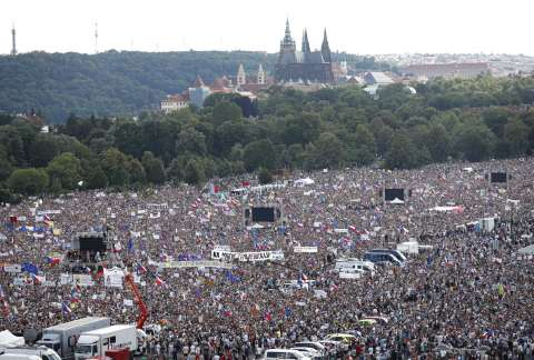 Massive protest in Prague calling on Babis to step down - Czech Points