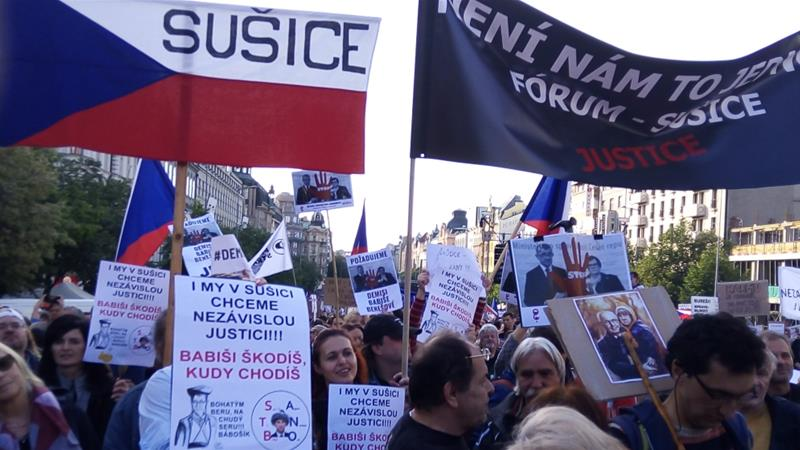 Thousands protest against Justice Minister and Babis - Czech Points