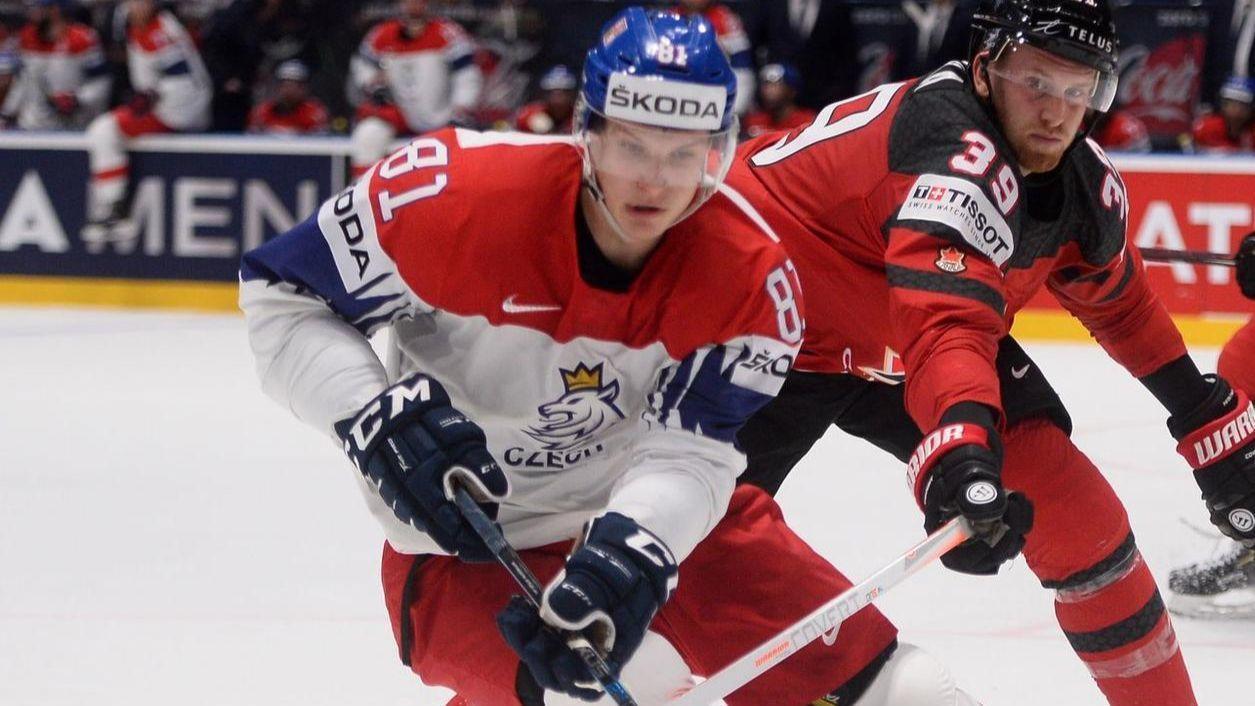 NHL Blackhawks sign Dominik Kubalik to 1 year $925,000 Deal - Czech Points