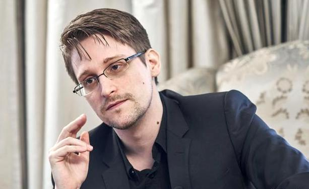 Edward Snowden agrees to forfeit $5 million from book and speeches - Czech Points