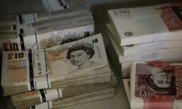 International gang robbed Czech banks of CZK 1.4 billion - Czech Points