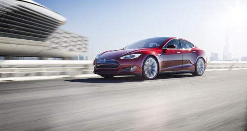 Tesla opens Prague showroom - Czech Points